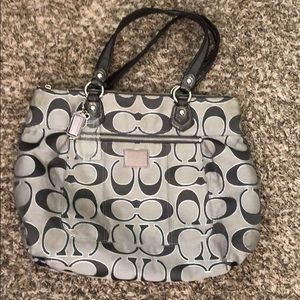 Excellent condition Coach Poppy handbag